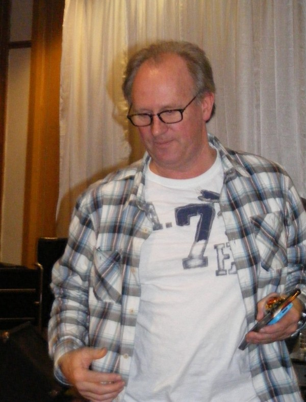 Peter Davison, sans cricketer's uniform.