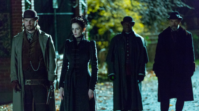 Penny-Dreadful-First-Look-04-16x9-1