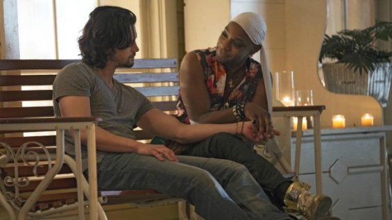 james-nathan-parsons-and-lafayette-reynolds-nelsan-ellis-get-cosy-in-hbos-true-blood-season-7-entitled-lost-cause-previously-titled-return-to-oz