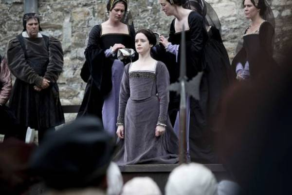 7629008-low_res-wolf-hall