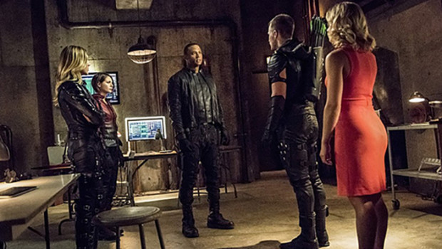 arrow-season-4-episode-1-01