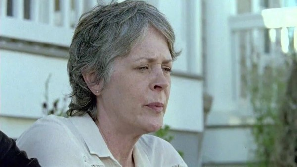 The-Walking-Dead-Season-6-Episode-14-Review-One-Dies-and-One-Leaves-In-Tragic-Twice-As-Far
